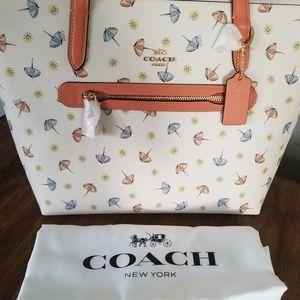 Coach Beach Umbrella Print Taylor Tote NWT